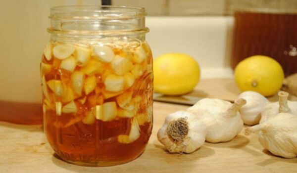 Photo of The Most Powerful Lemon and Garlic Mixture To Clean Your Arteries and Prevent Heart Attacks